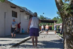images/diaporamas/animations/thumbs/petanque_tournoi_camping.jpg