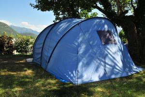 images/diaporamas/camping/thumbs/tent_pitch_annecy_camping.jpg