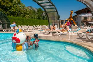 images/diaporamas/espace-aquatique/thumbs/pataugeoire_annecy_paddling_pool.jpg