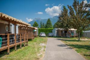 images/diaporamas/locations/thumbs/mobil-home-premium-annecy.jpg